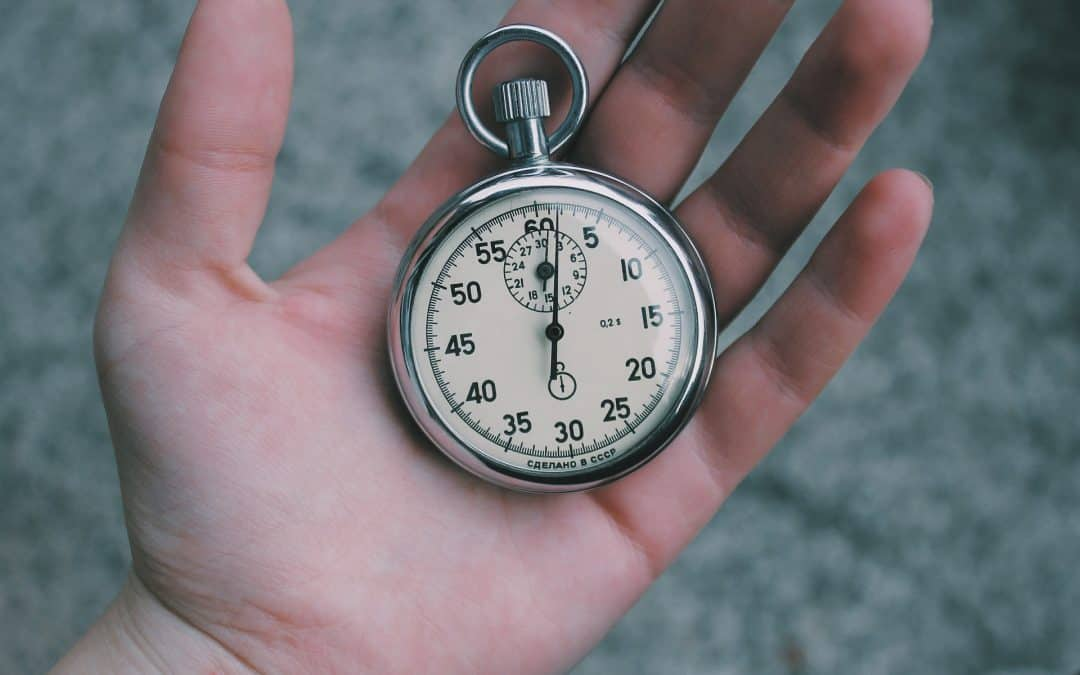 What should a trainer's hourly rate be?
